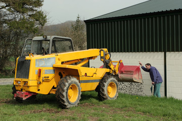 directing the telescopic loader