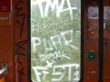 Fototapety vandalismus (2)