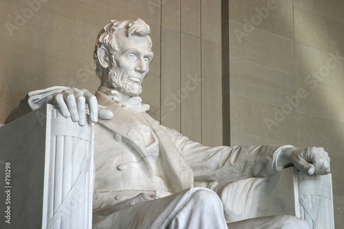 lincoln memorial (right side close-up) - 710298