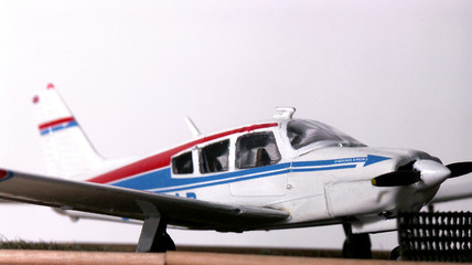 piper cherokee arrow1