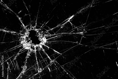 broken glass - 727028