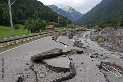 grindelwald road collapse