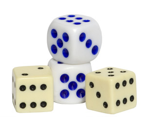 4-dice-with-clipping-path