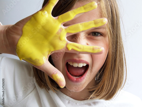girl play with yellow color
