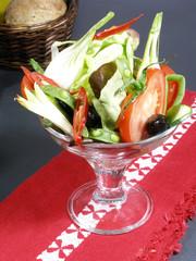 cocktail de légumes crus
