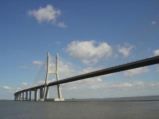 puente vasco da gama9
