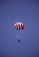 emergency parachute