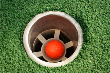 miniature golf hole