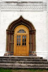 savvino-storozhevsky monastery. zvenigorod. door.