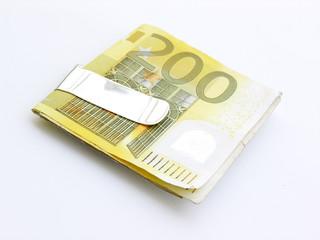 euros 9