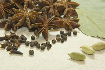 star anise, cardamon and bay leaf