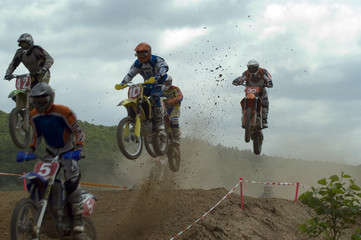 motox3