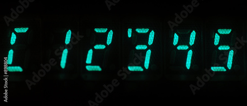 numeric led display