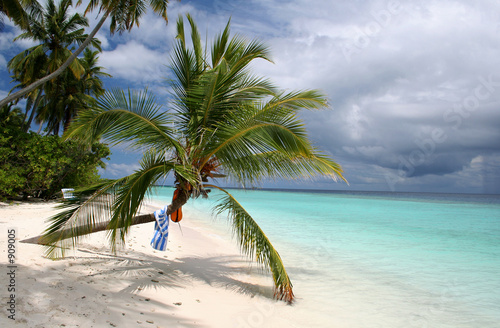 canvas print picture blue skies approach white sands