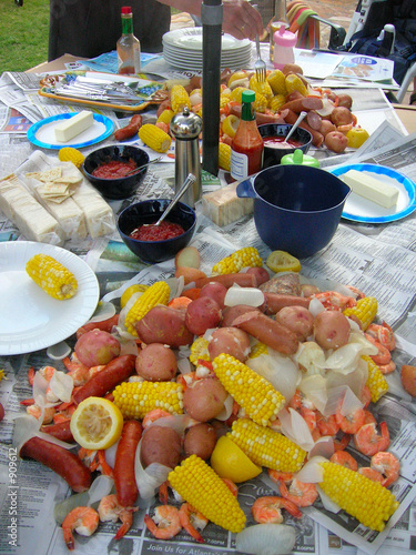 In de dag Picknick low country boil