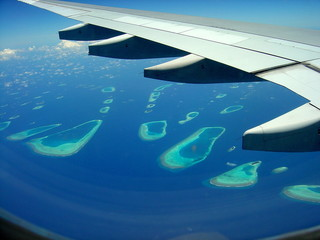 maldives islands by plane