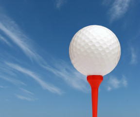 golf ball with sky