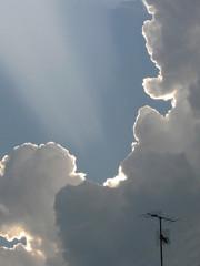 nuage et antenne 1