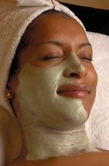 facial masque at spa