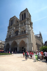 tourist in front of notre dame