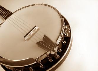 banjo at angle