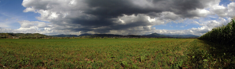 panoramic cloudy landscapee