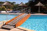 pont et piscine poster