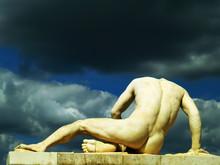 Antyczny posąg