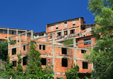 bâtiment industriel  en ruine poster