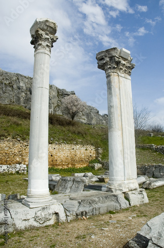 columns in ancient philippi