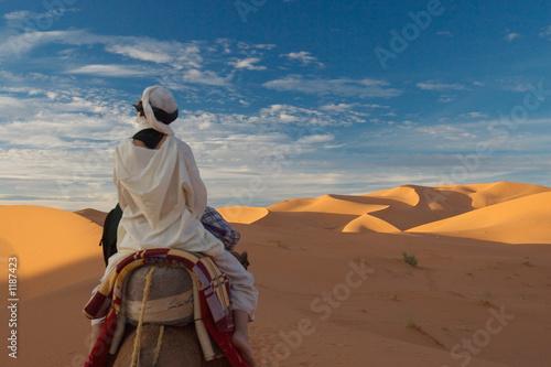Canvas Marokko tourist in desert