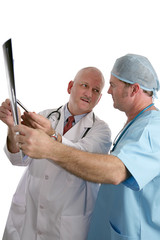 doctors consulting on xray