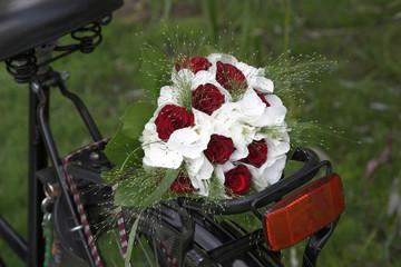 wedding bouquet on a bike