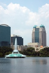 lake eola fountain in orlando