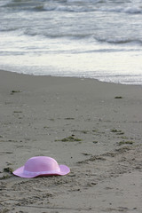 hat on beach