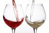 Fototapeta pouring wine