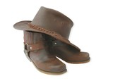 Fototapety boots and hat-brown