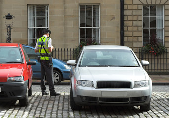 parking attendant, traffic warden, getting ticket