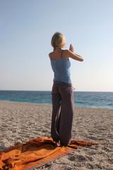 yoga am strand 4