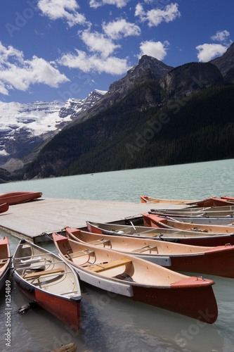 canoes in lake louise