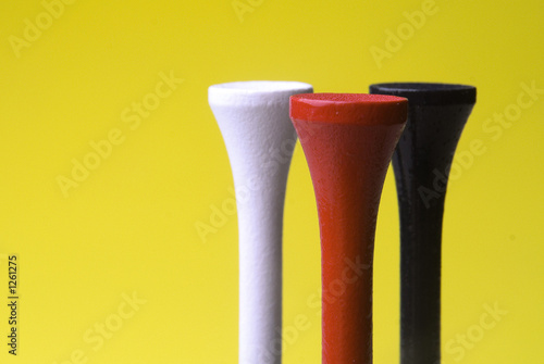 golf tees three