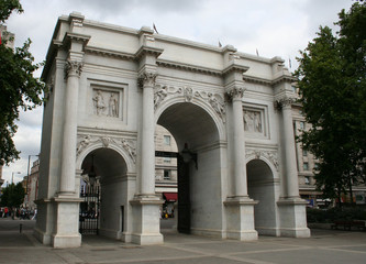 marble arch, oxford street, london
