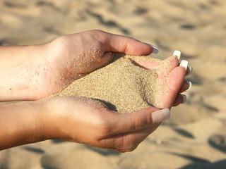 sand fistful