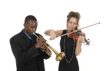 2 musicians playing