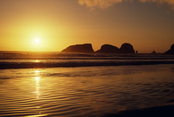 unusual rock formations at canon beach, oregon
