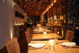 Fototapety empty restaurant