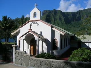tahiti moorea chapel