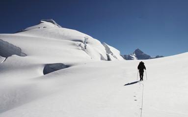 the climb on the ishinca peak