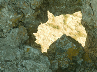 thorough crack in rock