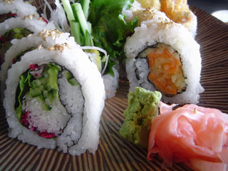 veggie sushi with ginger